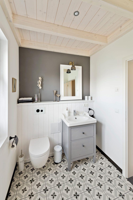 Badezimmer im Holzhaus