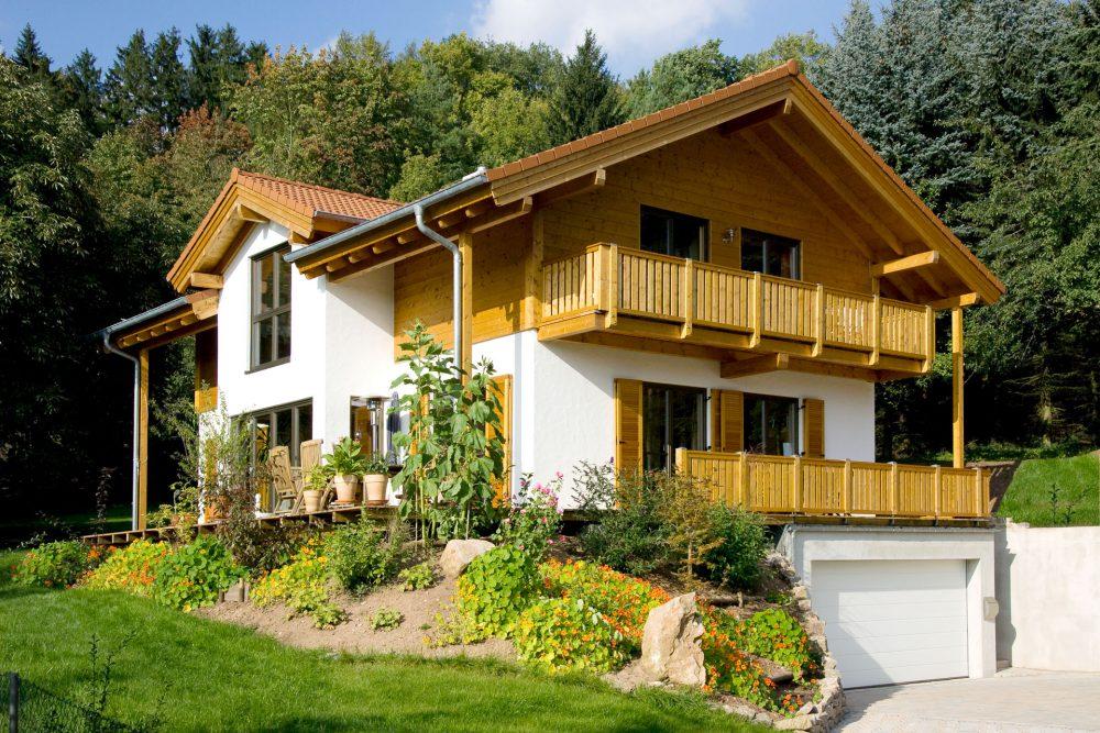 klassisches Holzhaus